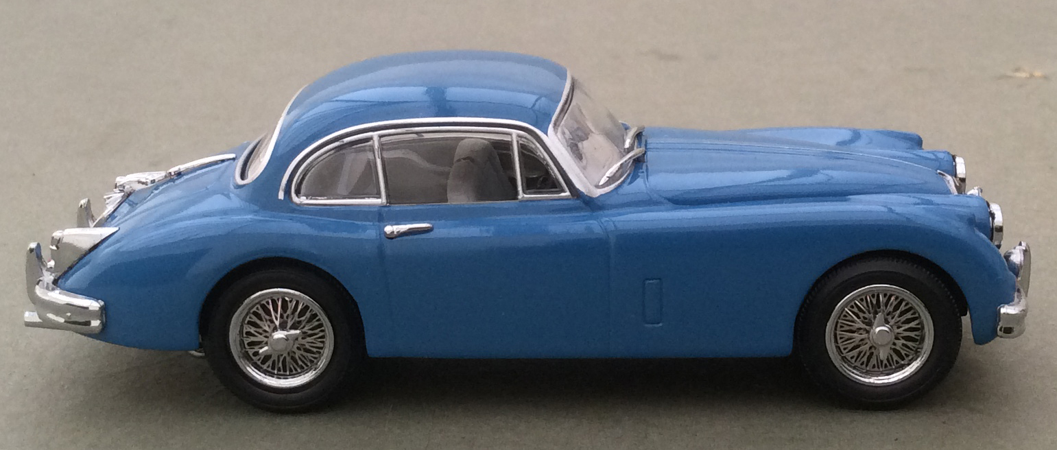 jaguar or bluebird a Bill smith and the bluebird project such as his jaguar e-type with the number plate dc7 he never owned a road car sporting the blue bird logo.