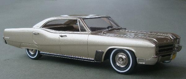 2-Tone BRK208A Brooklin Models 1967 Buick Wildcat 4-dr Hardtop